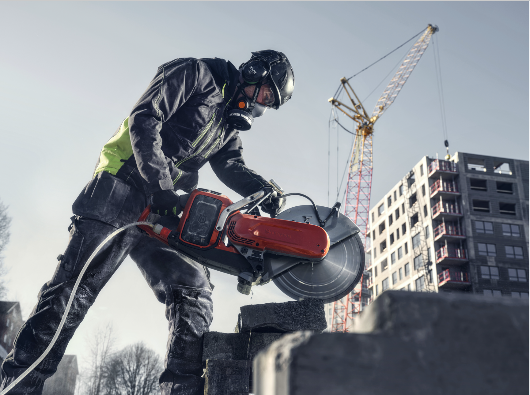 Husqvarna's new battery system will match power outputs of gasoline-based models.